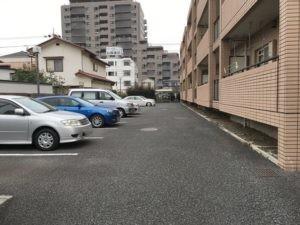 グランミューゼ駐車場