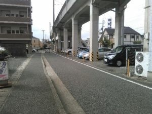 姫路神屋駐車場