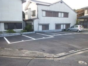 稲荷西村ガレージ
